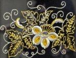 В Севастополе работает выставка крымско-татарской вышивки «Золотное шитье»